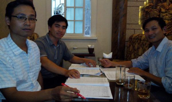Ba giám khảo chấm độc lập